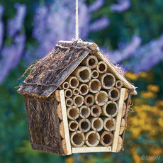 Serrv Mason Bee House