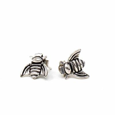 Global Crafts Honeybee Silver-plated Stud Earrings