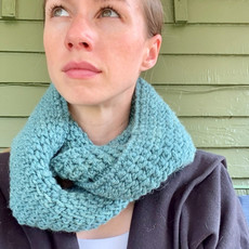 Creation Hive Jane Kenyan Merino Wool Knit Infinity Scarf Green