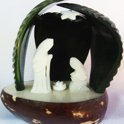 PamPeana Tagua Nativity with Leaves