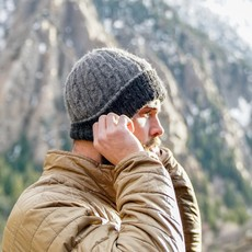 Andes Gifts Reversible Alpaca Cable Hat: Charcoal