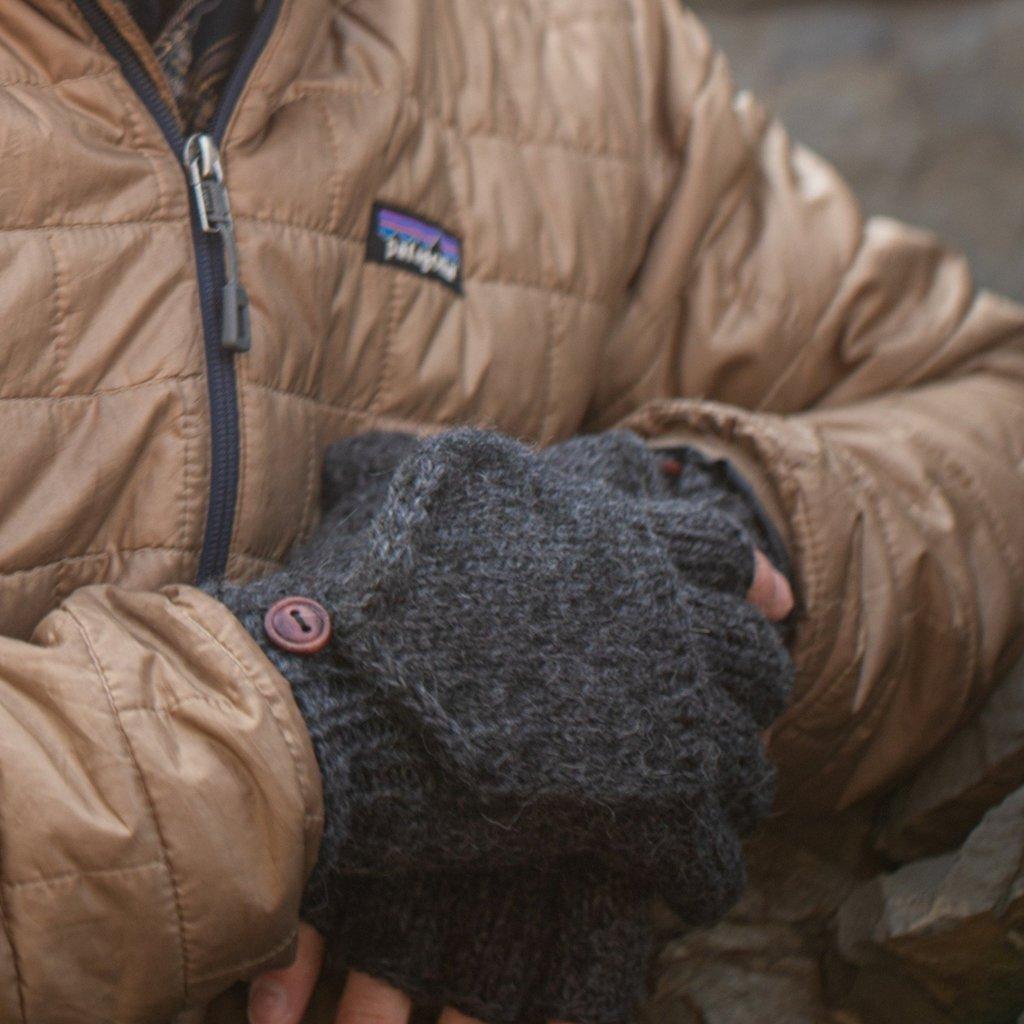Andes Gifts Blended Large Men's Glittens: Black