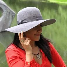 Minga Imports Zoe Felted Wool Hat Black
