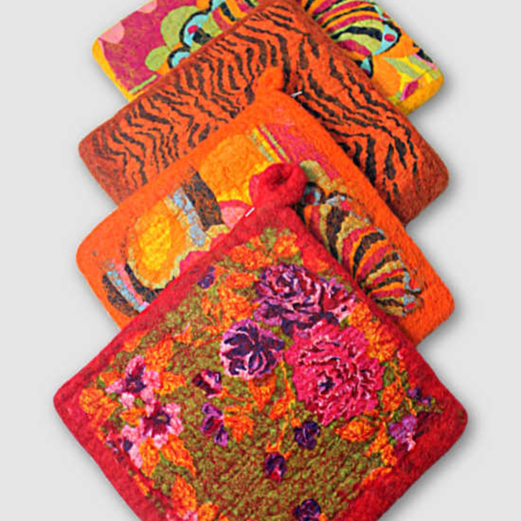 Ganesh Himal Cotton & Felt Floral Pot Holder
