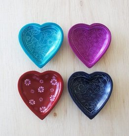 Venture Imports Patterned Kisii Heart Dish Red
