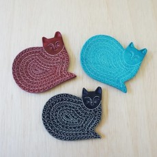 Venture Imports Kisii Purple Cat Dish