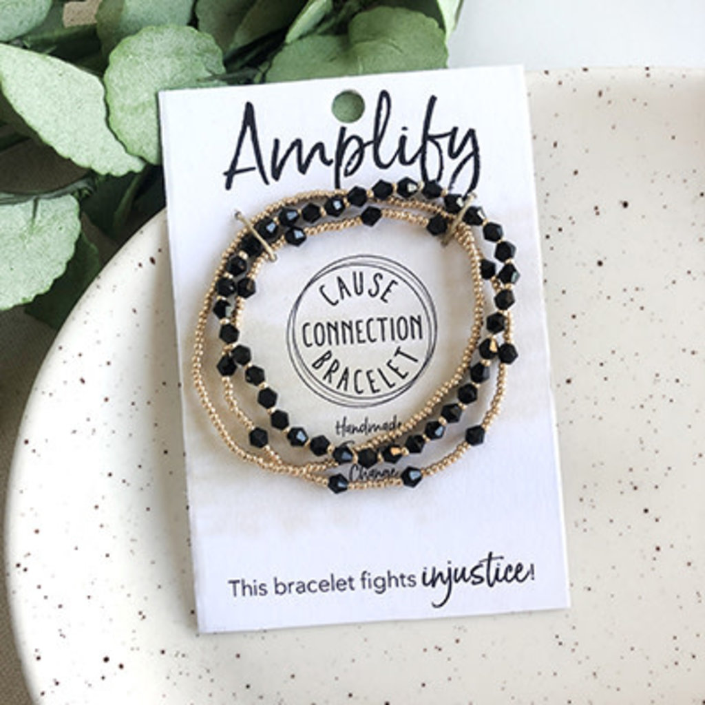 World Finds Cause Bracelet to Amplify