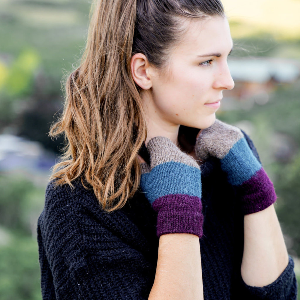 Andes Gifts Tres Alpaca Wrist Warmers: Teal