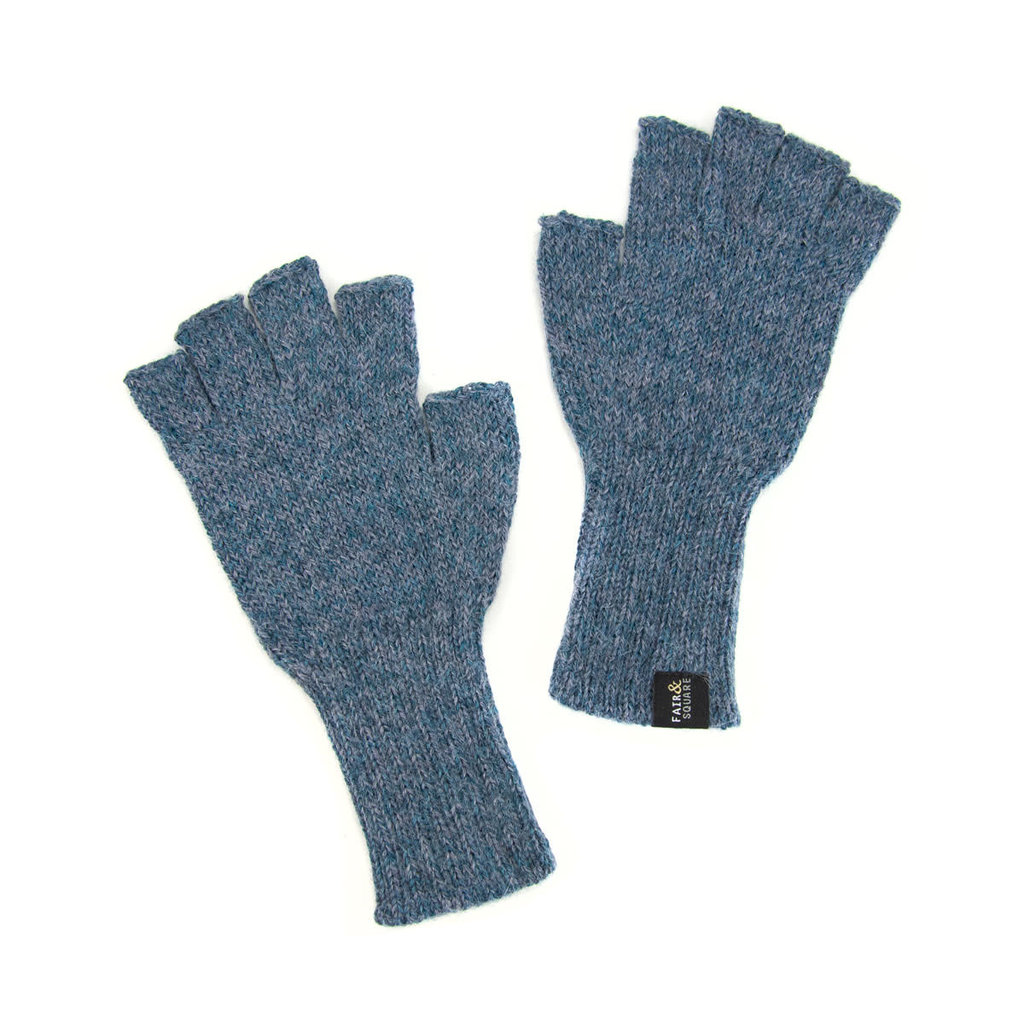 Minga Imports Gelid Alpaca Blend Fingerless Gloves Light Blue