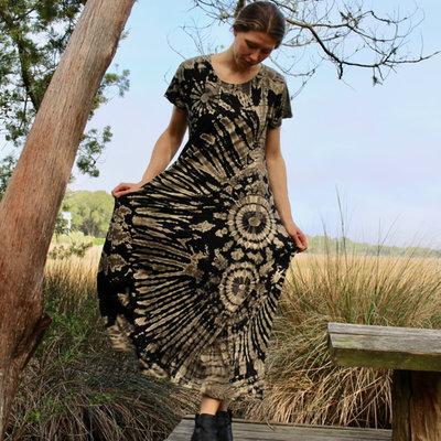 Unique Batik Short Sleeved Tie Dye Maxi Dress Black and Tan