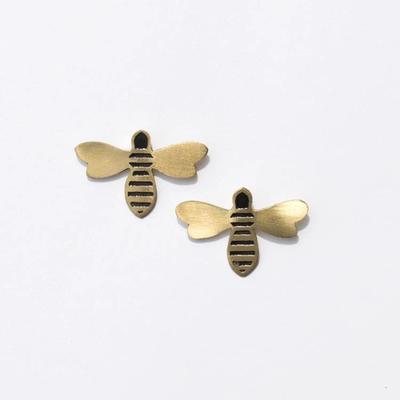 Mata Traders Honey Bee Studs Gold