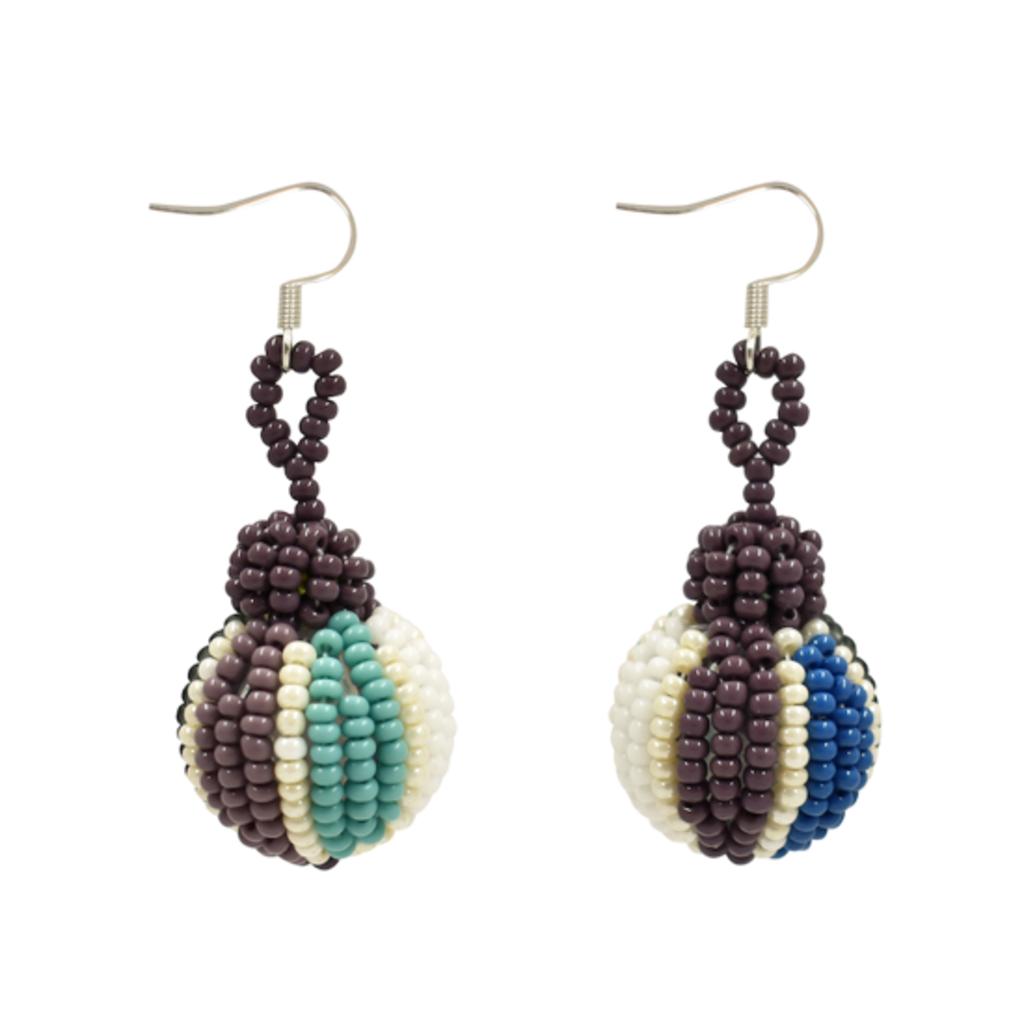 Unique Batik Cebolla Earrings: Lilac