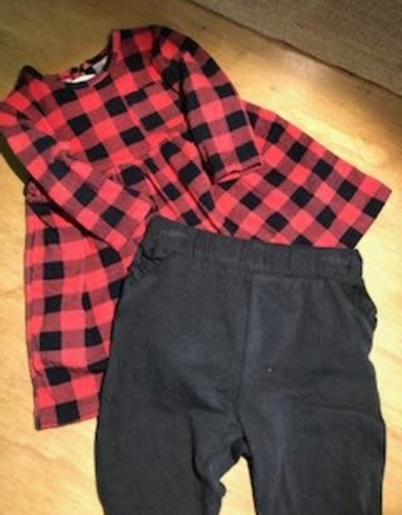 2 piece Plaid Outfit 0-6 Months Girl