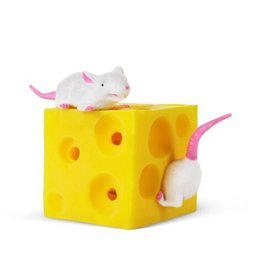 Play Visions Stretchy mice n cheese
