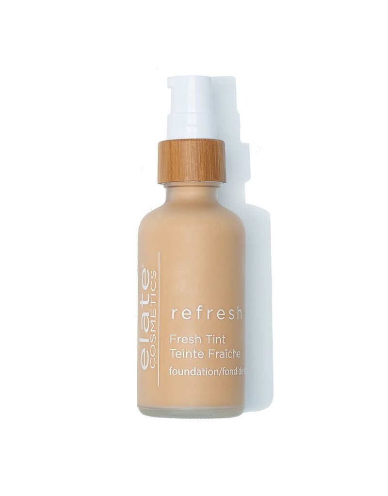 Elate Cosmetics Refresh Foundation RN3