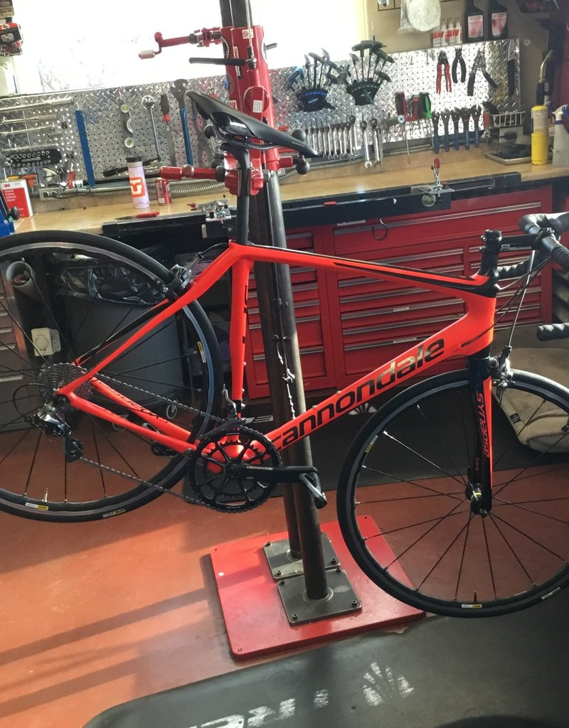 Cannondale Used Cannondale Synapse Carbon Red 56cm