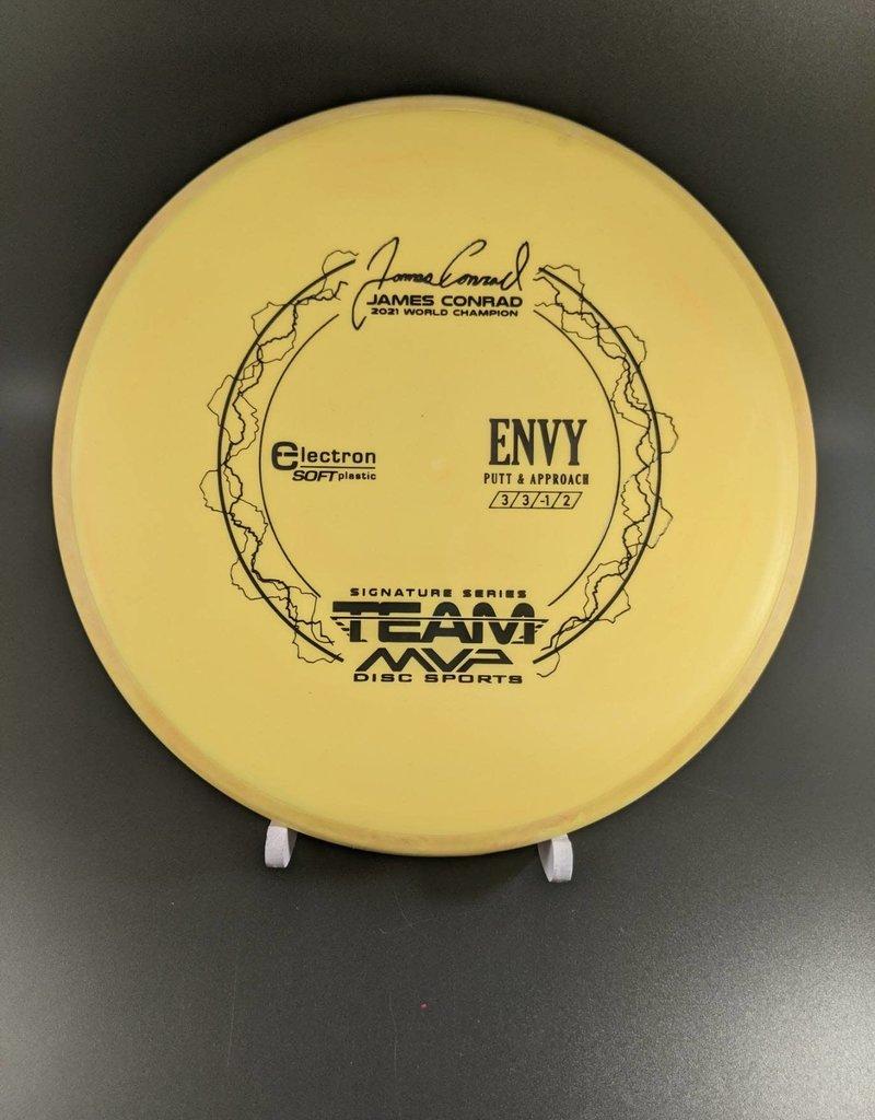 MVP Disc Sports Axiom Electron Soft Envy - Team MVP James Conrad (pg. 3)