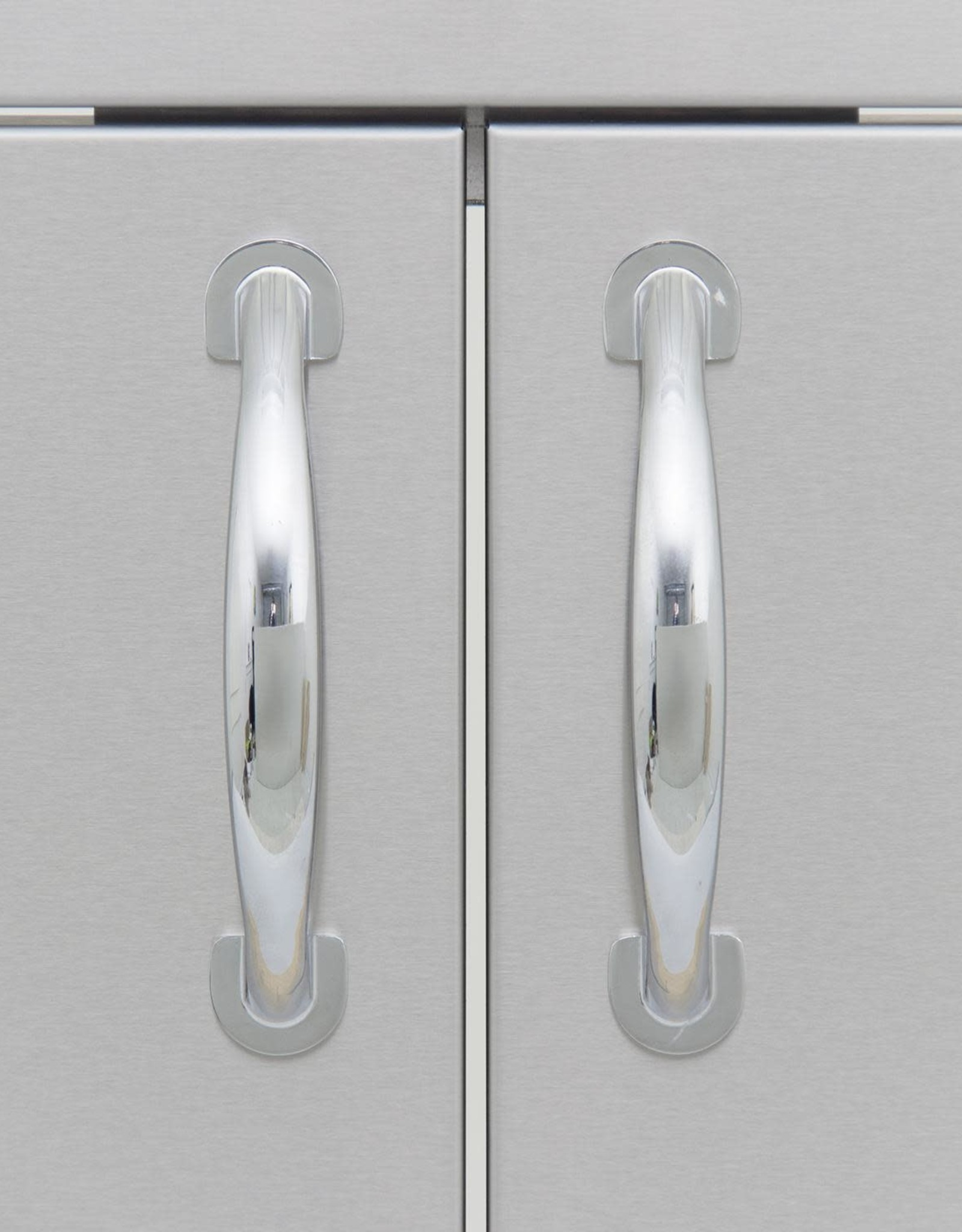 Blaze Outdoor Products Blaze 32-Inch Stainless Steel Double Access Door With Paper Towel Holder - BLZ-AD32-R