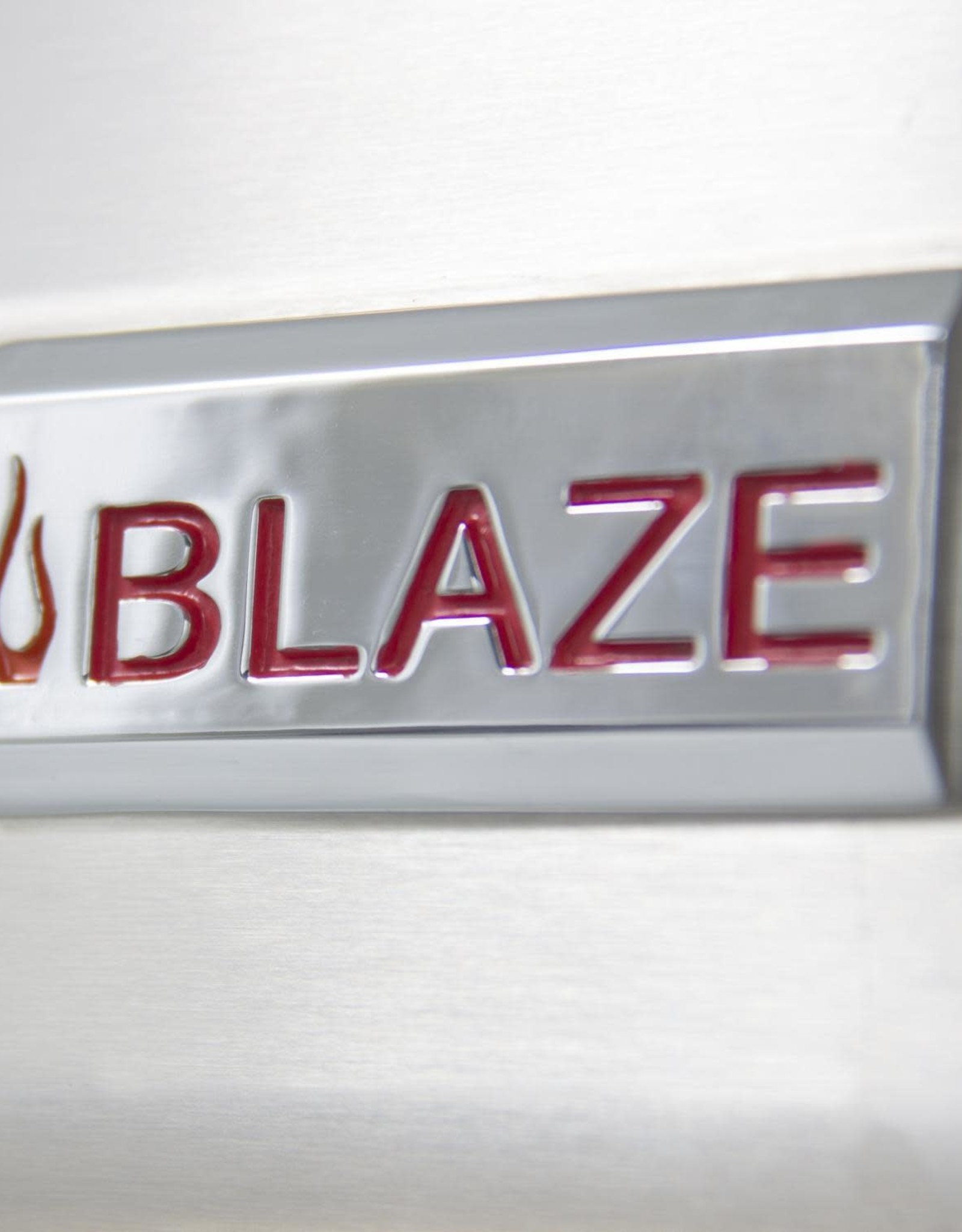 Blaze Outdoor Products Blaze 32-Inch Built-In Stainless Steel Charcoal Grill With Adjustable Charcoal Tray - BLZ-4-CHAR
