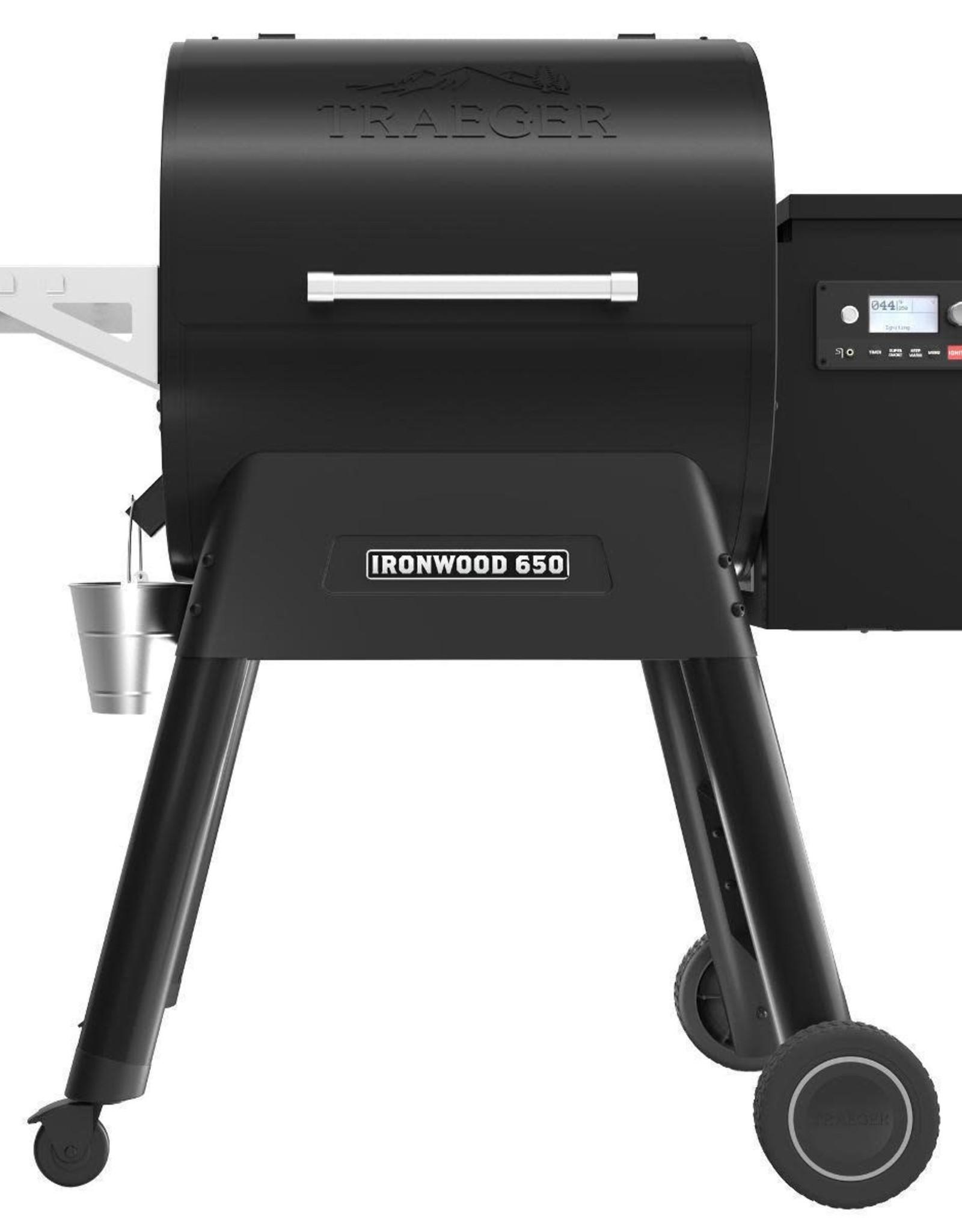 Traeger Traeger Ironwood 650 with WiFIRE Technology D2 Wood Pellet Freestanding Smoker Black TFB65BLF