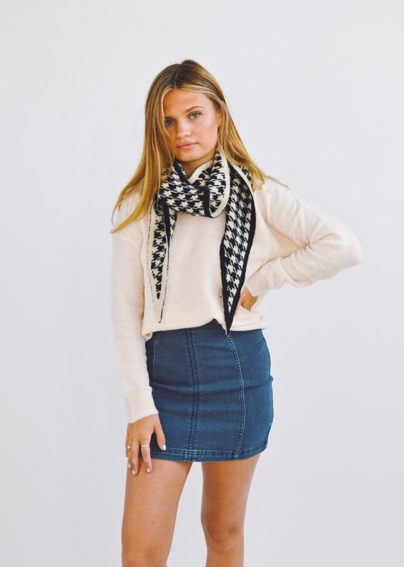 Look by M Classy Babe Houndstooth Reversible Shawl Scarf
