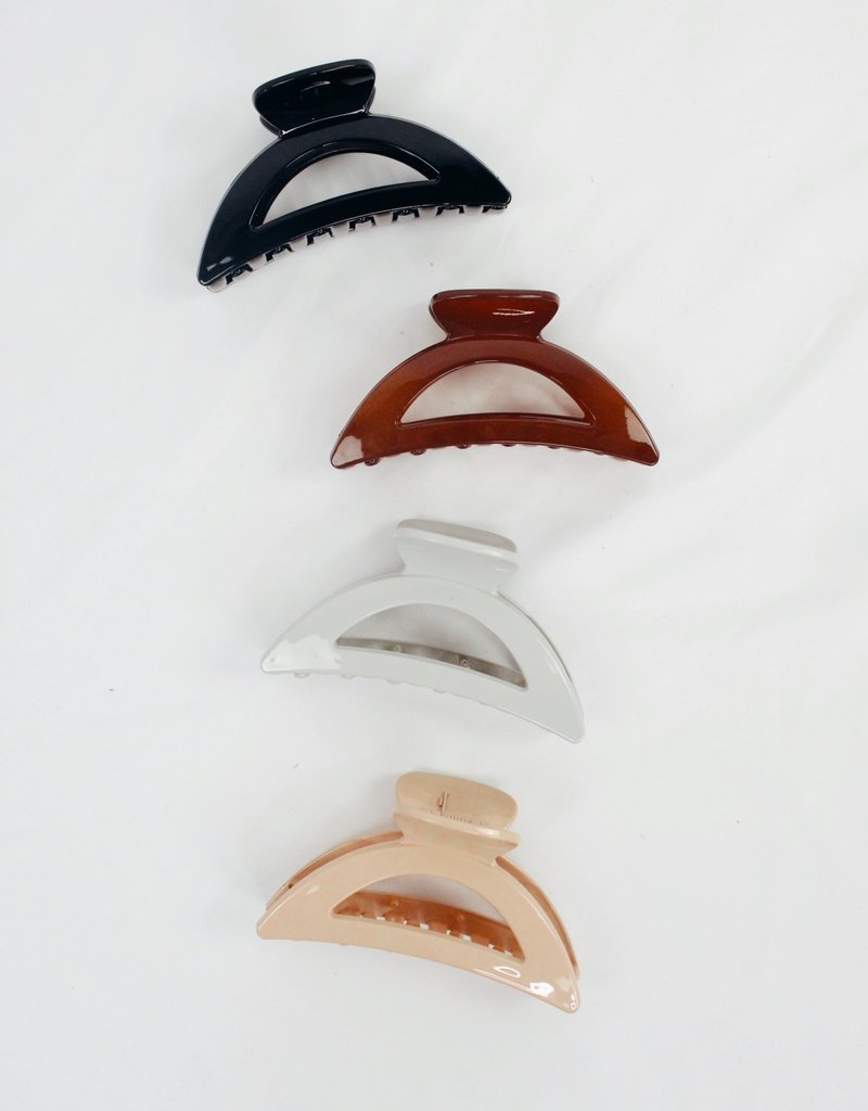 U.S. Jewelry House (New York Style) Adrian Matte Finish Acrylic Hair Claw Clip