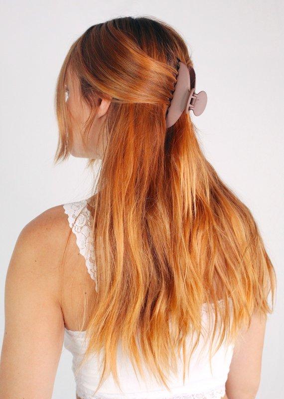U.S. Jewelry House (New York Style) Gloss Boss Acrylic Hair Clip