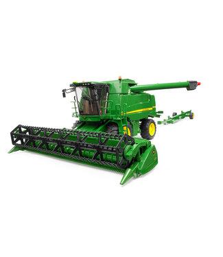 Bruder John Deere T670i Combine harvester