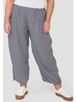 141821 trousers