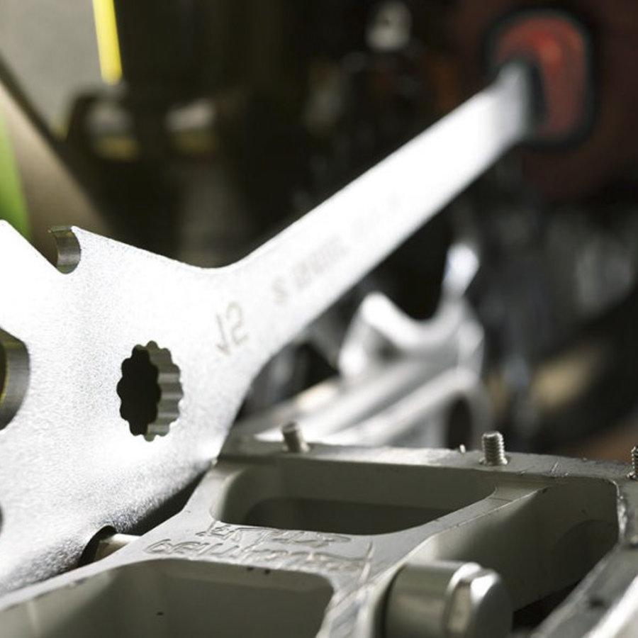 Pedal tools