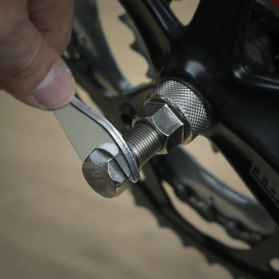 Crankset tools