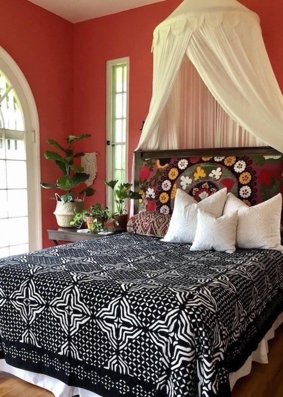 black applique bedspread