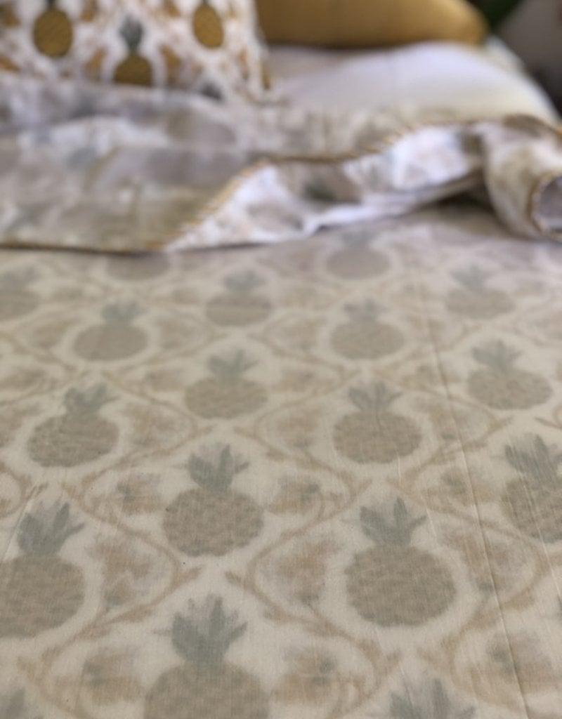pineapple summer blanket