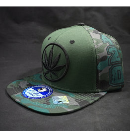 Circle Leaf Green Hat