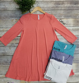 Basic 3/4 Sleeve Solid Tunic (Multiple Colors)