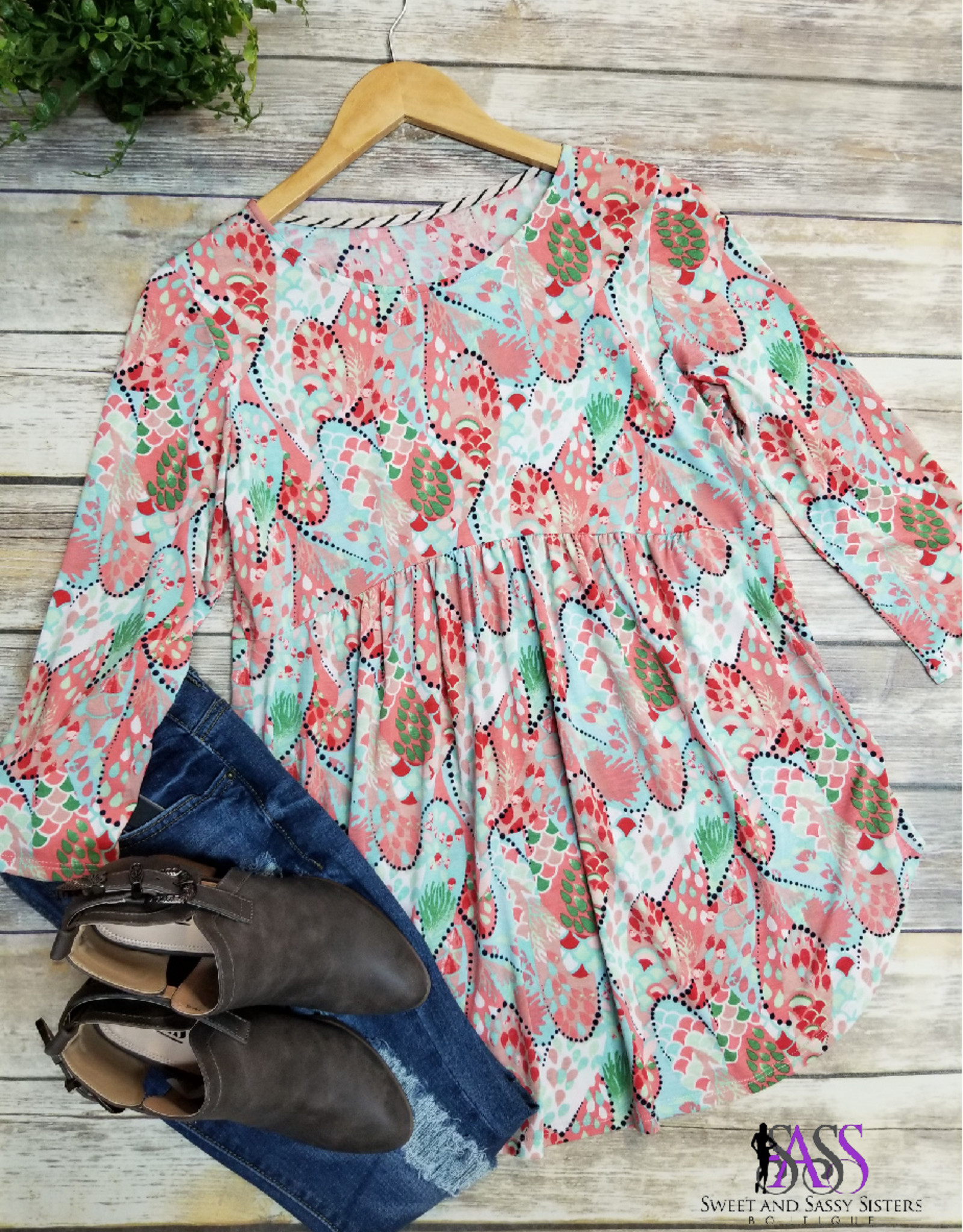 SASS Boutique Exclusive Mint and Coral Floral Top