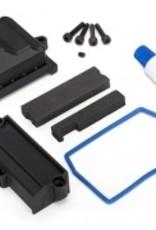 Traxxas Traxxas X-Maxx Box, receiver (sealed)/ wire cover/ foam pads/ silicone grease/ 3x15 CS (4)