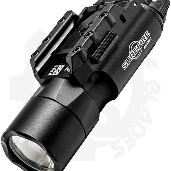 SUREFIRE X300U-A BLACK ULTRA WEAPON LIGHT