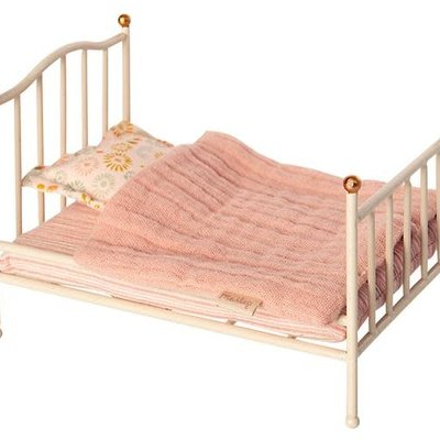maileg vintage bed mouse off white