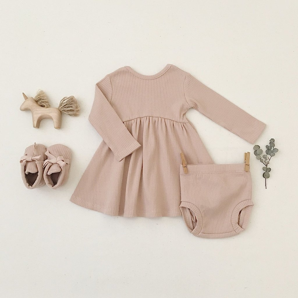 Quincy Mae Ribbed Long-sleeve dress