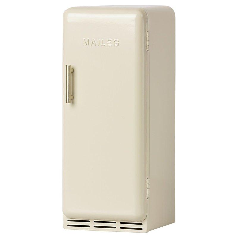 maileg Miniature fridge