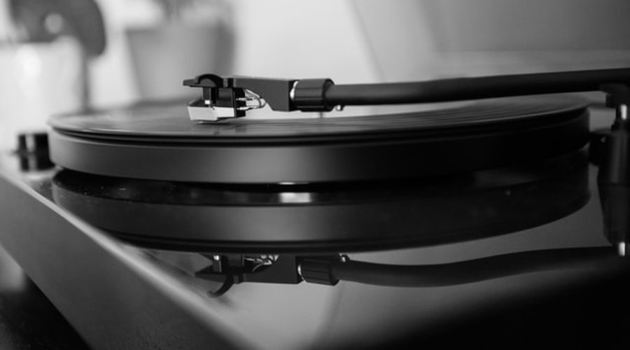 Tips on Caring for Your Turntable