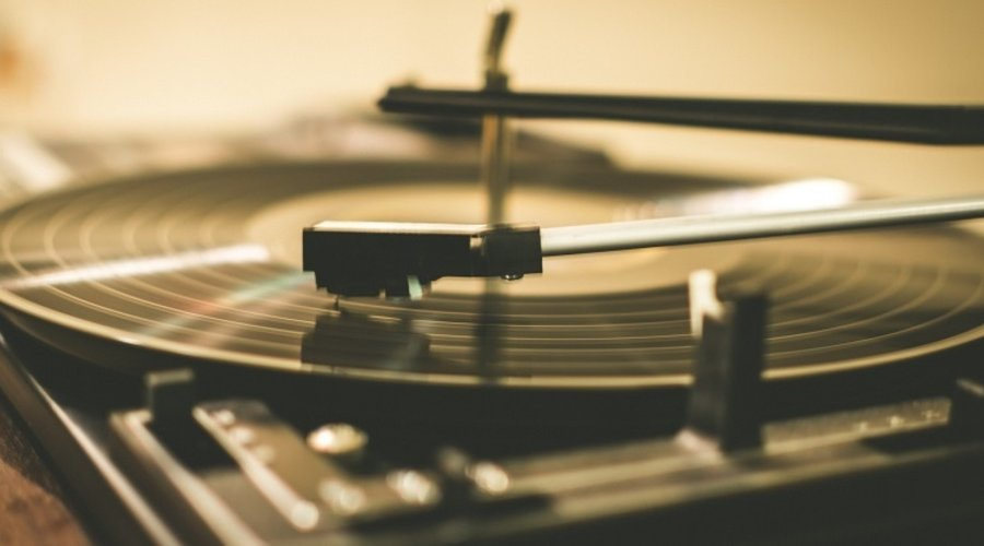 How to Fix a Vibrating Record Player, and Other Common Problems