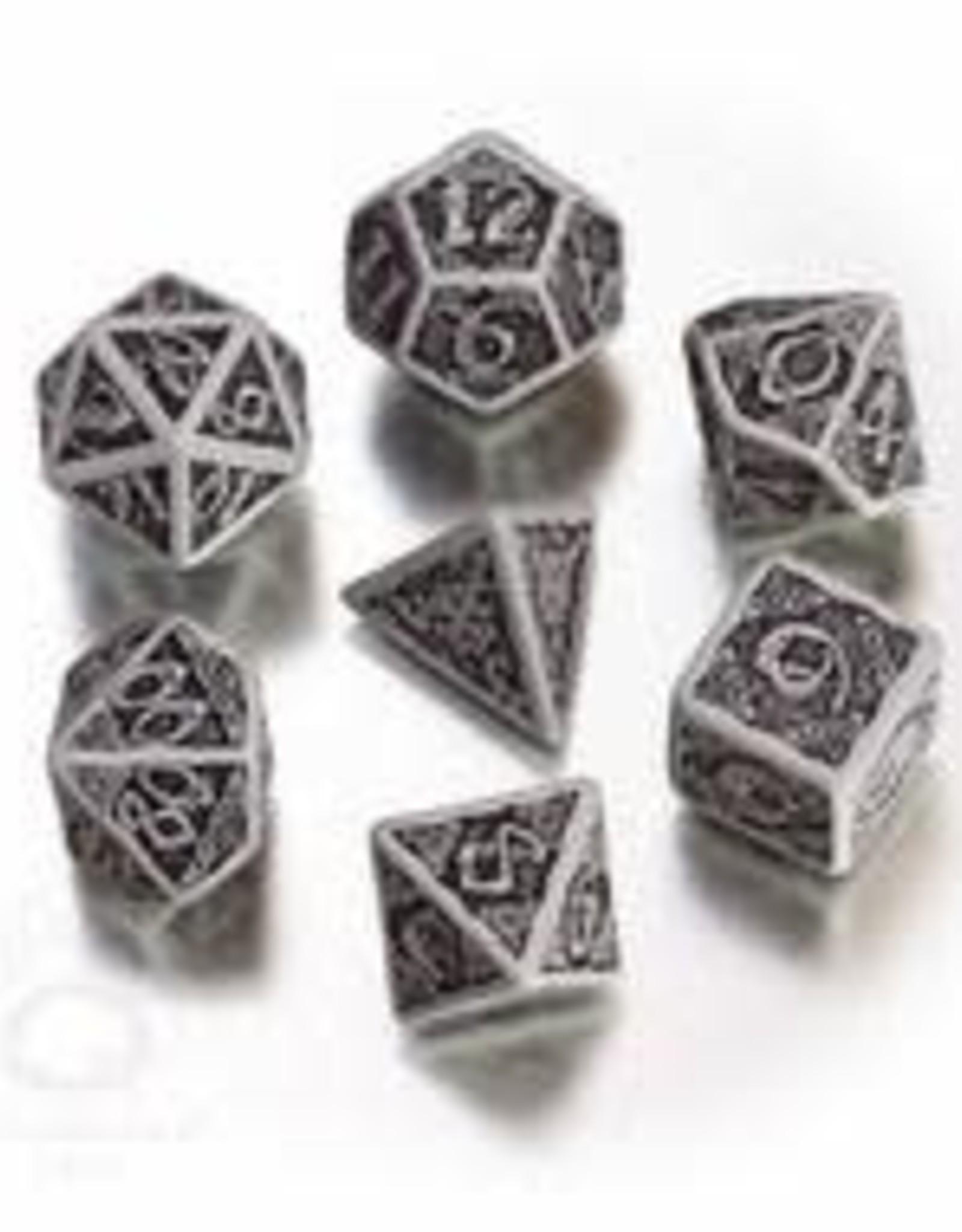 Q Workshop Polyhedral Dice Set: Celtic Dice Set 3D Grey/Black (7)
