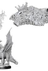 Wizkids D&D Unpainted Minis: Gold Dragon Wyrmling & Small Treasure Pile