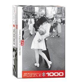 Eurographics Life V-J Day Kiss in Time 1000 PCS