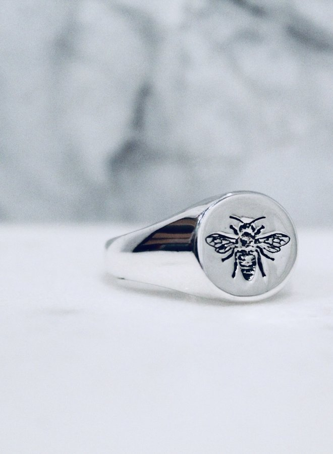 Beatrice Signet Ring