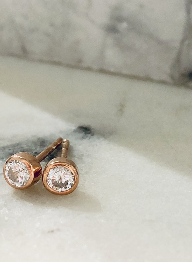 Pia Dot Stud - Rose Gold