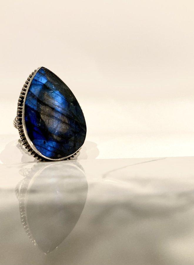 Aurora Shield Ring