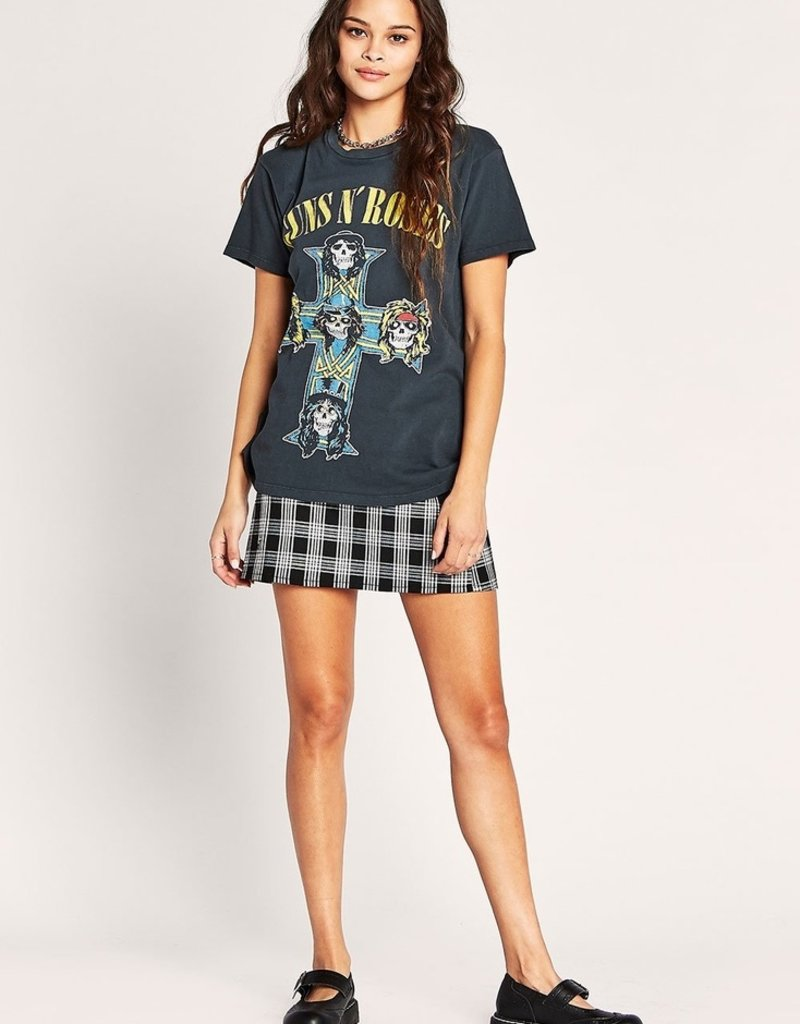 daydreamer Guns and Roses skull cross tee